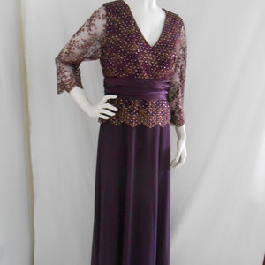 Long Misses Plum Lace Chiffon Satin Scallop Vneck